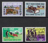 "Viet-Sud YT 325 à 328 "" Construction Rurale "" 1968 Neuf** MNH - Vietnam"