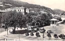 06 - GRASSE : Le Cours ( Automobiles D'époque ) - CPSM Dentelée Noir Et Blanc Format CPA - Alpes Maritimes - Grasse
