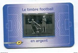 Timbre Réalisé En Argent 999 Milliemes Valeur Faciale 5€ Thème Sports Futball Thème Football  Neuf La Poste 2010 - Fútbol