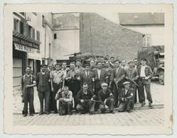 Guerre De 1939-45 . Libération . Groupe De FFI . Photographe Raymond Launois 15 Bis Rue Du Port à Saint-Denis . - Guerra, Militari