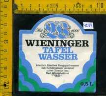 Etichetta Acqua Minerale Wieninger Tafel Wasser - Germania - Etichette