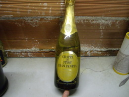 Grappa Di Pinot Franciacorta, Vintage 1980's Da Collezione, Bottiglia Numerata - Spiritueux