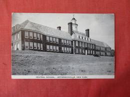 Central School JeffersonvilleNew York > Long Island> Ref 3341 - Long Island