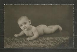 BULGARIA   - BABY -  VINTAGE POST CARD ORIGINAL PHOTO - D 4040 - Persone Anonimi