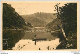 19 BEAULIEU-SUR-DORDOGNE. A La Ferrière 1937. Pêche Et Canotage - Autres Communes