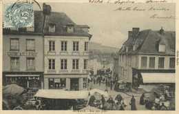 AUMALE  Rue Des Juifs Commerces Jour De Marché RV - Aumale