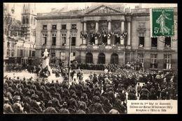51 - CHALONS SUR MARNE - Arrivée Du 5e Régt De Chasseurs (26 Septembre 1907) - Réception à L'Hôtel De Ville - Châlons-sur-Marne