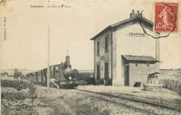 89 , COURTOIS , La Gare Et Le Tacot , * 426 61 - Autres Communes