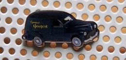Pin's PEUGEOT 203 Commerciale Garage Peugeot - Collection Utilitaires - Peugeot