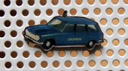 Pin's PEUGEOT 204 Break Gendarmerie Nationale - Collection Utilitaires - Peugeot