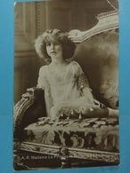 S.A.R. Madame La Princesse Marie-José De Belgique - Familles Royales
