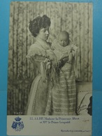 LL.AA.RR.Madame La Princesse Albert Et Mgr Le Prince Léopold - Familles Royales