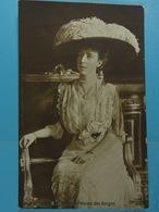 S.M Elisabeth, Reine Des Belges - Familles Royales