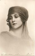 Giovane Donna - Formato Piccolo - (rif. L45) - Women