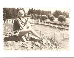 Snapshot - Femme A La Piscine - Aurillac  - Vintage - Pin Up - Maillot De Bain - Pin-ups