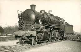 100519B TRANSPORT TRAIN CHEMIN DE FER - PHOTO VILAIN - Locomotive 140H1024 ACHERES - Stations With Trains