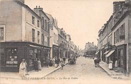SAINT PIERRE SUR DIVES - La Rue De Falaise - Frankrijk