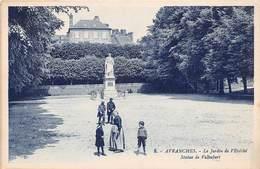 AVRANCHES - Le Jardin De L'Evêché - Statue De Valhubert - Avranches