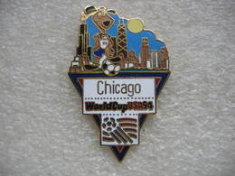 Pin's De La Coupe Du Monde De Football En 94 Aux USA. Equipe De CHICAGO - Football
