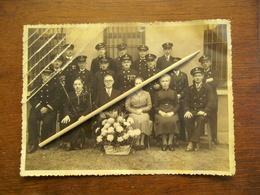 Oude Foto Met Viering Van POST--mannen - Poste & Facteurs