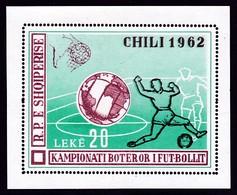 BLOC NEUF D'ALBANIE - COUPE DU MONDE DE FOOTBALL AU CHILI N° Y&T BF 6C - Coupe Du Monde