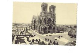 Cpm - 51 - Reims - Cathédrale Statue De Jeanne D'Arc - Edit Maurice - Salon D'Erlon - Travaux échafaudage - Reims