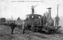 CPA De Pas-des-lanciers (Bouches Du Rhône) - Le Train Des Martigues. Circulée. Bon état. - Autres Communes