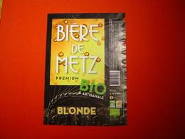 ETIQUETTE BIERE DE METZ / BLONDE / FRANCE - Bière
