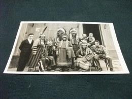 FOTOGRAFIA GRUPPO FAMIGLIARE  INDIANI PELLEROSSA PICCOLO FORMATO - Indiani Dell'America Del Nord