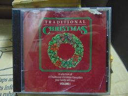Artistes Variés- Traditionnal Christmas,vol. I - Kerstmuziek