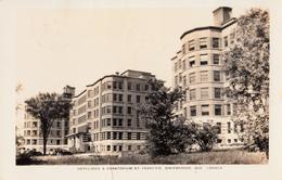 RPPC B&W - Real Photo - Sherbrooke - Hôpital Hôtel-Dieu Hospital & Sanatorium - Written 1945 - 2 Scans - Sherbrooke