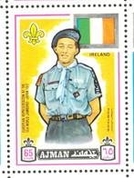 19/5 (vert) Ajman, Timbre Neuf XX Theme Scoutisme Scouts Drapeau Flag Scouting Irlande Ierland Eire - Scouting