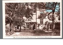 Cpa 79 Coulonges Sur L'Autize Deux Sevres Les Jardins De L'Hotel De Ville Déstockage à Saisir - Coulonges-sur-l'Autize
