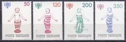 Vatikan Vatican 1979 Organisationen UNO ONU UNICEF Kinder Children Kunst Arts Reliefs Wickelkinder Florenz, Mi. 755-8 ** - Vatikan