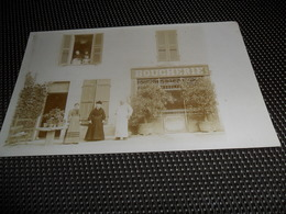 France ( 75 )  Frankrijk : Carte Photo à Localiser  à Identifier  Boucherie -  Ste Colombe - Sur - Seine ? Voir Au Verso - France