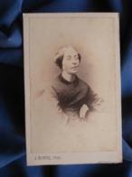 Photo CDV A. Monvel à Orléans - Second Empire, Beau Portrait Femme, Circa 1860-65 L442 - Old (before 1900)