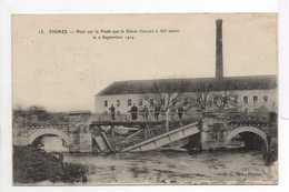 - CPA FISMES (51) - Pont Sur La Vesle Que Le Génie Français A Fait Sauter Le 2 Septembre 1914 (avec Personnages) - - Fismes