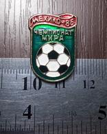 Football 1986 FIFA World Cup Mexico 86 Soviet Union Metal Badge Pin Soccer Sport - Fútbol