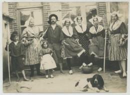 Saint-Gilles-Croix-de-Vie Juillet 1914 . Pêcheur Et Pêcheuses De Crevettes . Vendée . - Profesiones