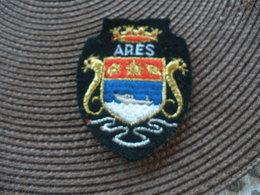 ECUSSON TISSU DE VILLE OU REGION FRANCE ARES - Patches