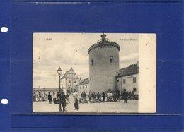 ##(ROYBOX1)- Postcards - Poland - Lublin -  Podwòrze Zamku- The Courtyard Of The Castle - Animated -  Used 1910 - Pologne