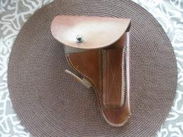 HOLSTER CUIR A DEFINIR PAS DE MARQUAGES / Pour MAB Peut Etre? - Decorative Weapons