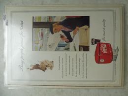 Affiche Publicitaire Coca Cola 25cm Sur16 ( Aeroport ) 1953 Copyright / Reclamaffiche Cola - Affiches Publicitaires