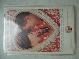 Affiche Publicitaire Coca Cola 25cm Sur16 ( Coeur )   1959 Copyright / Reclamaffiche Cola Coca - Advertising Posters