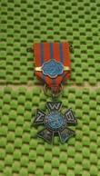 Medaille / Medal - Medaille - Avondvierdaagse + ( 2 ) - N.W.B. - The Netherlands - Netherland