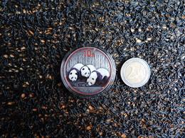 Chine, 10 Yuan, 3 Pandas, 40 Mm, 31,1 Gr Argent, Finition Argentée Antique Et Coloris à Partir De 2013, 250 Exemplaires, - Chine