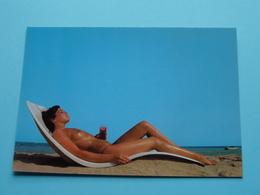 Aan De Kust ( Naakt O/h Strand - Nude On The BEACH ) ( Z 226 - AVM ) Anno 19?? ( Zie/voir Foto Voor Details ) ! - Vintage Romance < 1960