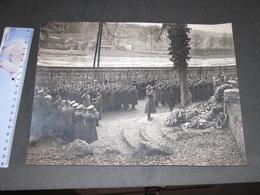 MARCHE LES DAMES - HOMMAGE AU ROI ALBERT Ier - Années 30 - War, Military