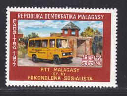 MADAGASCAR N°   616 ** MNH Neuf Sans Charnière, TB (D9021) Ste Automobile Rurale - 1977 - Madagascar (1960-...)