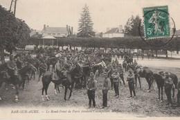1911 - BAR SUR AUBE - MANIFESTATIONS VITICOLES - LE ROND-POINT DE PARIS OCCUPE PAR L'ARMEE A CHEVAL - PEU COURANTE - 2 S - Bar-sur-Aube